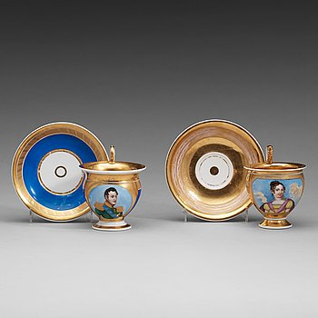 405. A pair of Russian Gardner Empire cups with stands, early 19th Century.