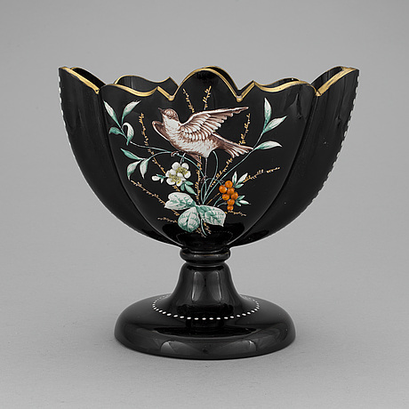 A 19th century glass bowl.