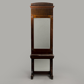 MIRROR WITH CONSOLE TABLE, Biedermeier 19th century.