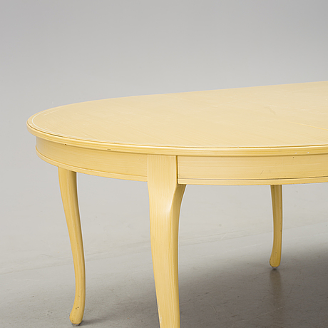 A 1990 S 18th Century Style Yellow Painted Table With Four