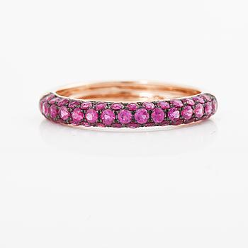A circa 0.90 cts ruby ring.