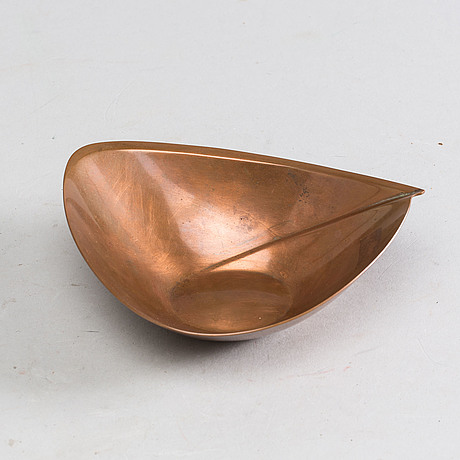 A Kultakeskus Oy TAPIO WIRKKALA copper bowl. - Bukowskis 5c9dde19dc