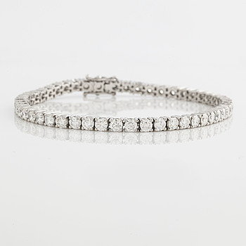 ARMBAND, med briljantslipade diamanter ca 6.60 ct.