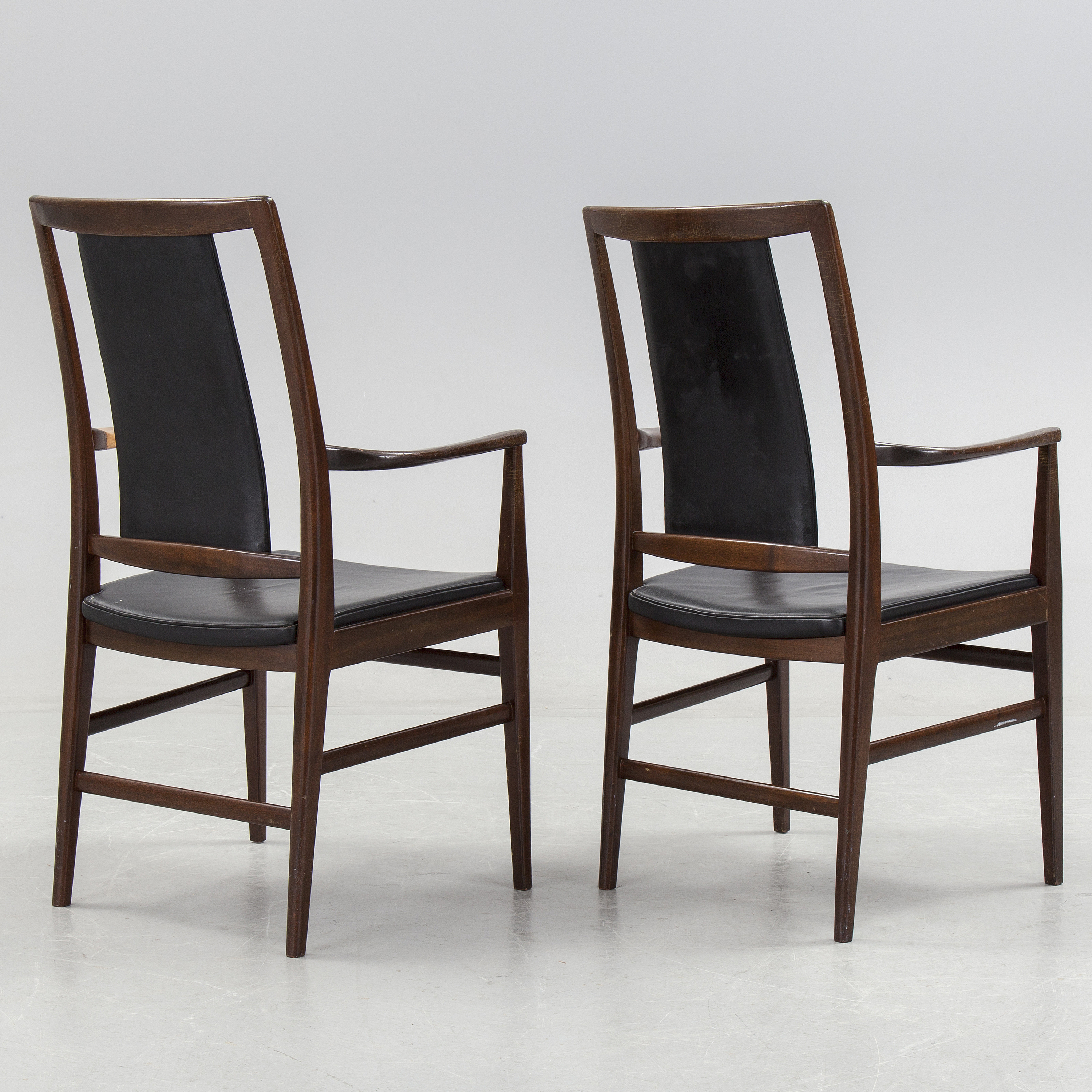 Office Cabin Interior Design, A 1950 S Dining Table Four Chairs And A Pair Of Carver Chairs Bukowskis