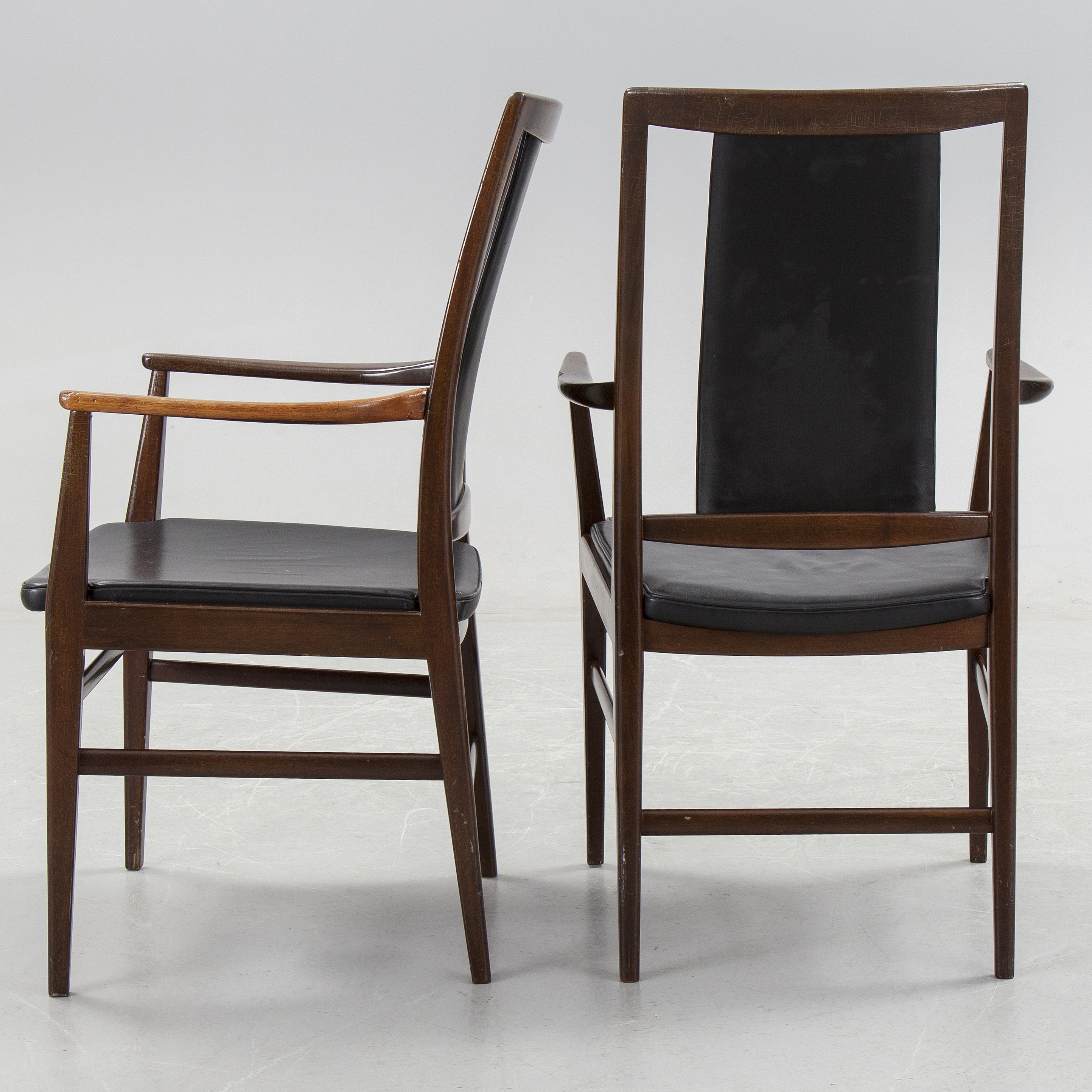 A 1950 S Dining Table Four Chairs And A Pair Of Carver Chairs Bukowskis