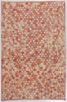 A kelim rug, 287 x 202 cm.