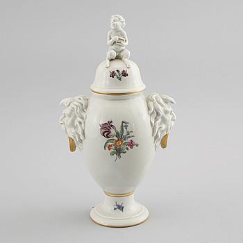 A porcelain urn from Royal Copenhagen, 20th century.