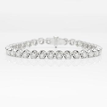 ARMBAND, 5437, med 34 briljantslipade diamanter 9.54 ct.