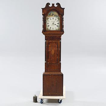 A english grandfather clock, 19th century.