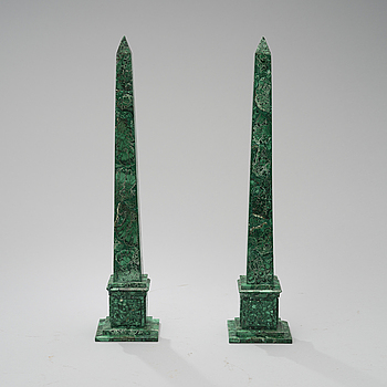 A PAIR OF MALAKIT OBELISKS, late 20th century.