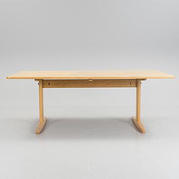 "BØRGE MOGENSEN, BØRGE MOGENSEN, six chairs and a dining table. ""Øresund"" and ""J39""."