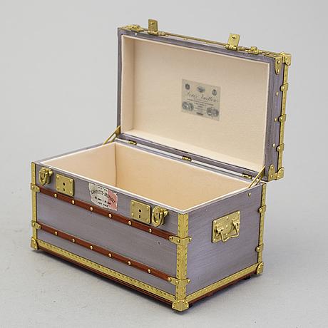"Box / miniature koffert, ""malle mini zinc"", louis vuitton."