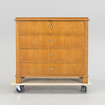 A chest of drawers from the middle of the 19th century.