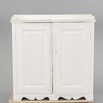 GUSTAVIANSK, A first half of the 19th century cupboard.
