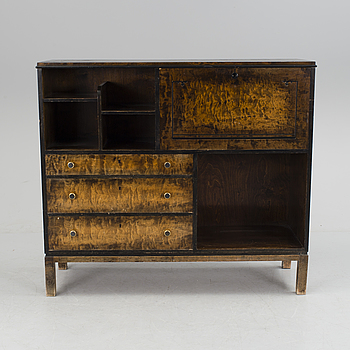 ART DÉCO, a Latvian art deco sideboard by Venestra fron the first half of the 20h Century.