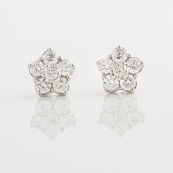 A pair of 0.86 cts brilliant cut diamond earrings.