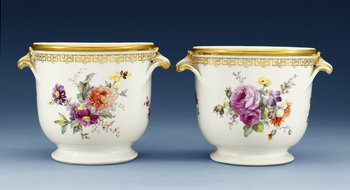 A pair of Berlin wine coolers, 19th Century. (2). Height 17,5 cm.