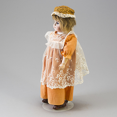 A bisque headed doll 949 by simon & halbig, germany, late 19th century