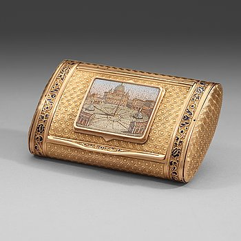 109. A Swiss 19th century gold snuff box with micro mosaic, unidentified makers mark.