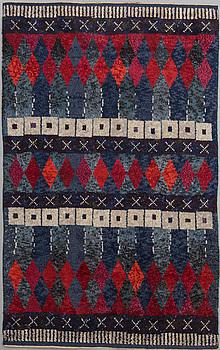 CARPET, knotted pile, label branded A.H JÄMTSLÖJD 1956. Circa 280 x 174 cm.
