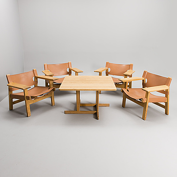 BØRGE MOGENSEN, A SET OF FOUR CHAIRS AND A TABLE. Spanish Chair. Labeled Fredericia Stolefabrik, Denmark.
