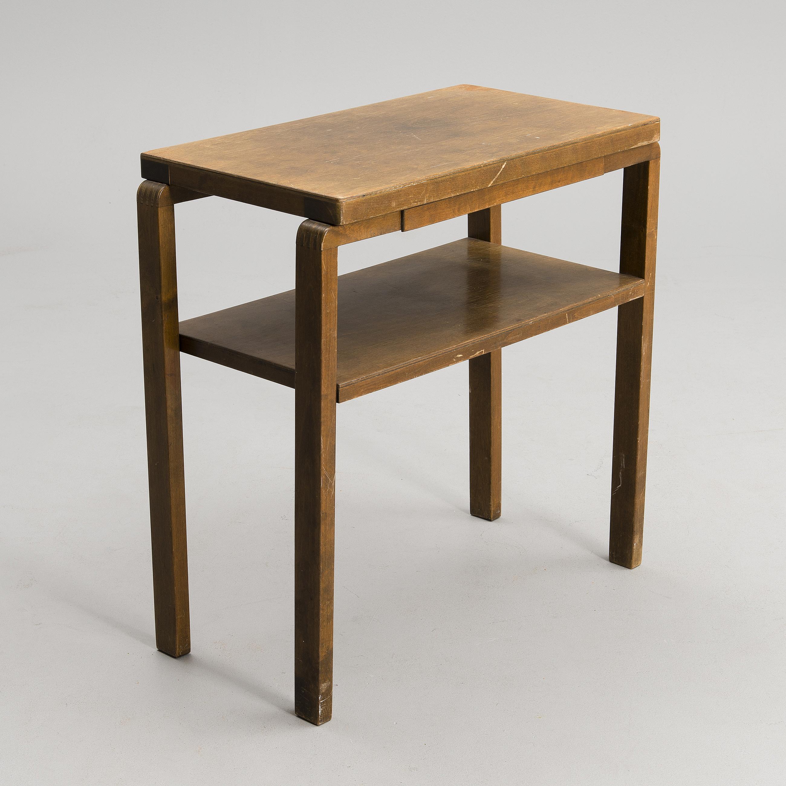 alvar aalto alvar aalto a radio table artek 1930 40s bukowskis. Black Bedroom Furniture Sets. Home Design Ideas