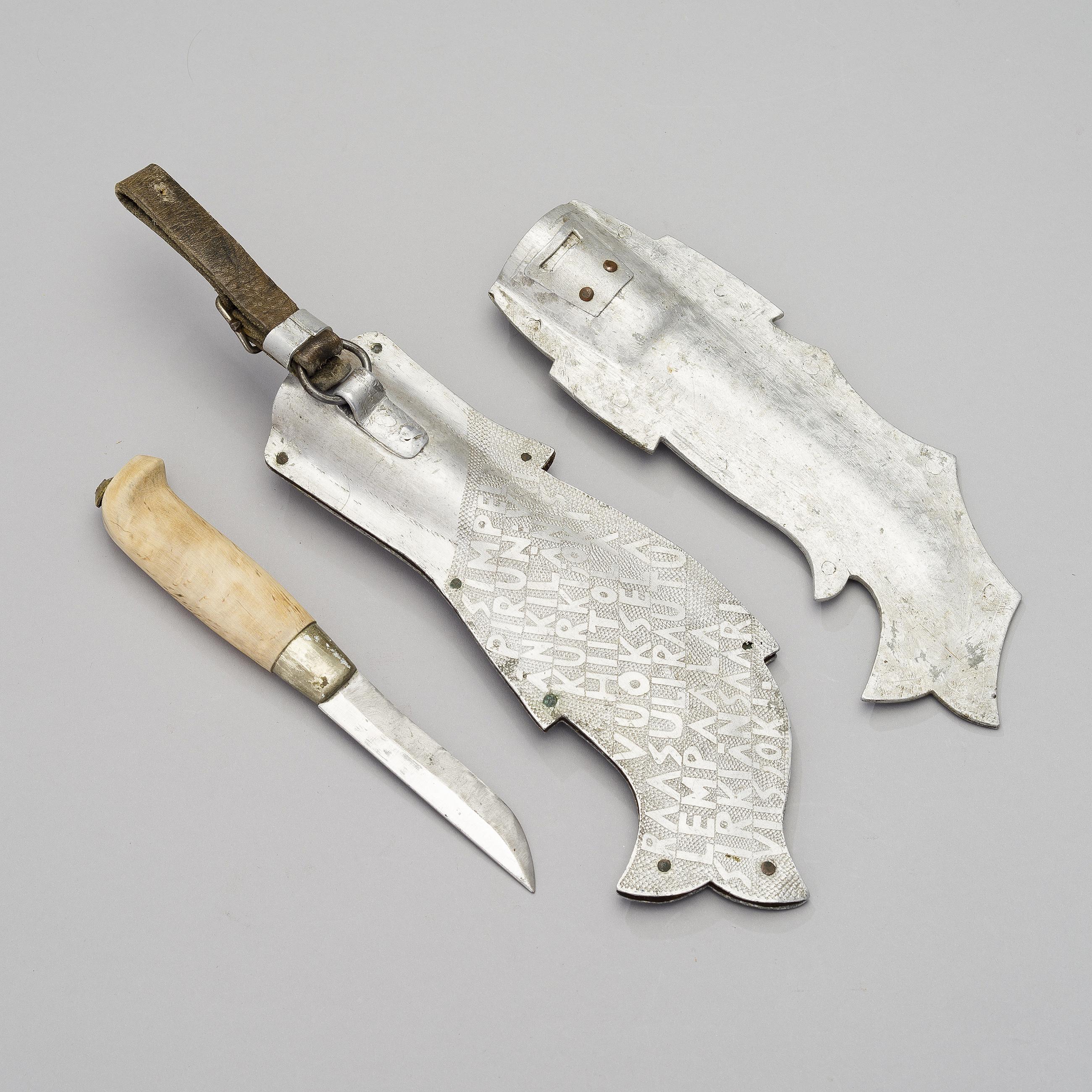 A Finnish Marttiini knife and two WW II sheaths of the 1940s