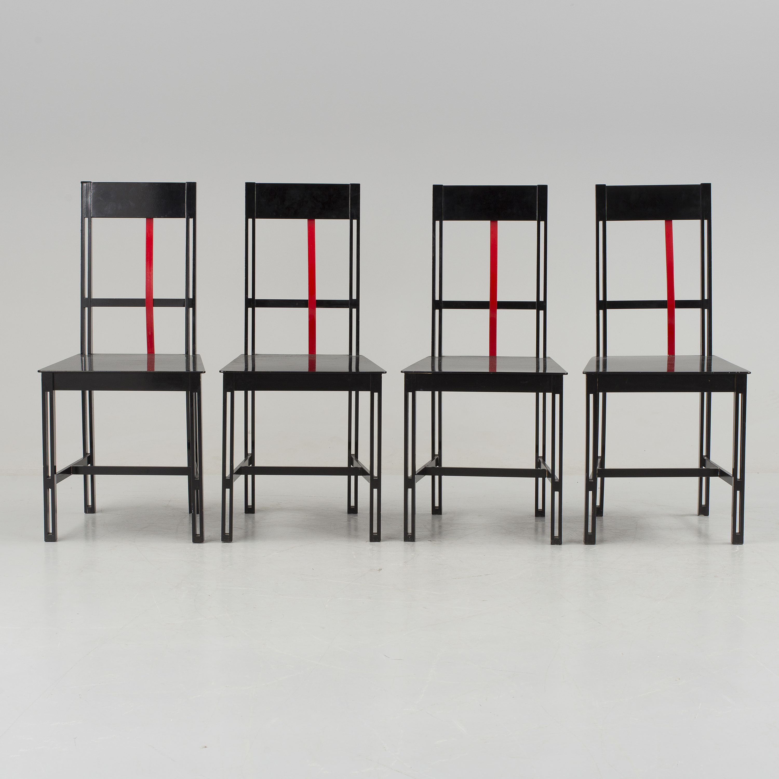 A 1980s dining table and four chairs by Björn Alge ...