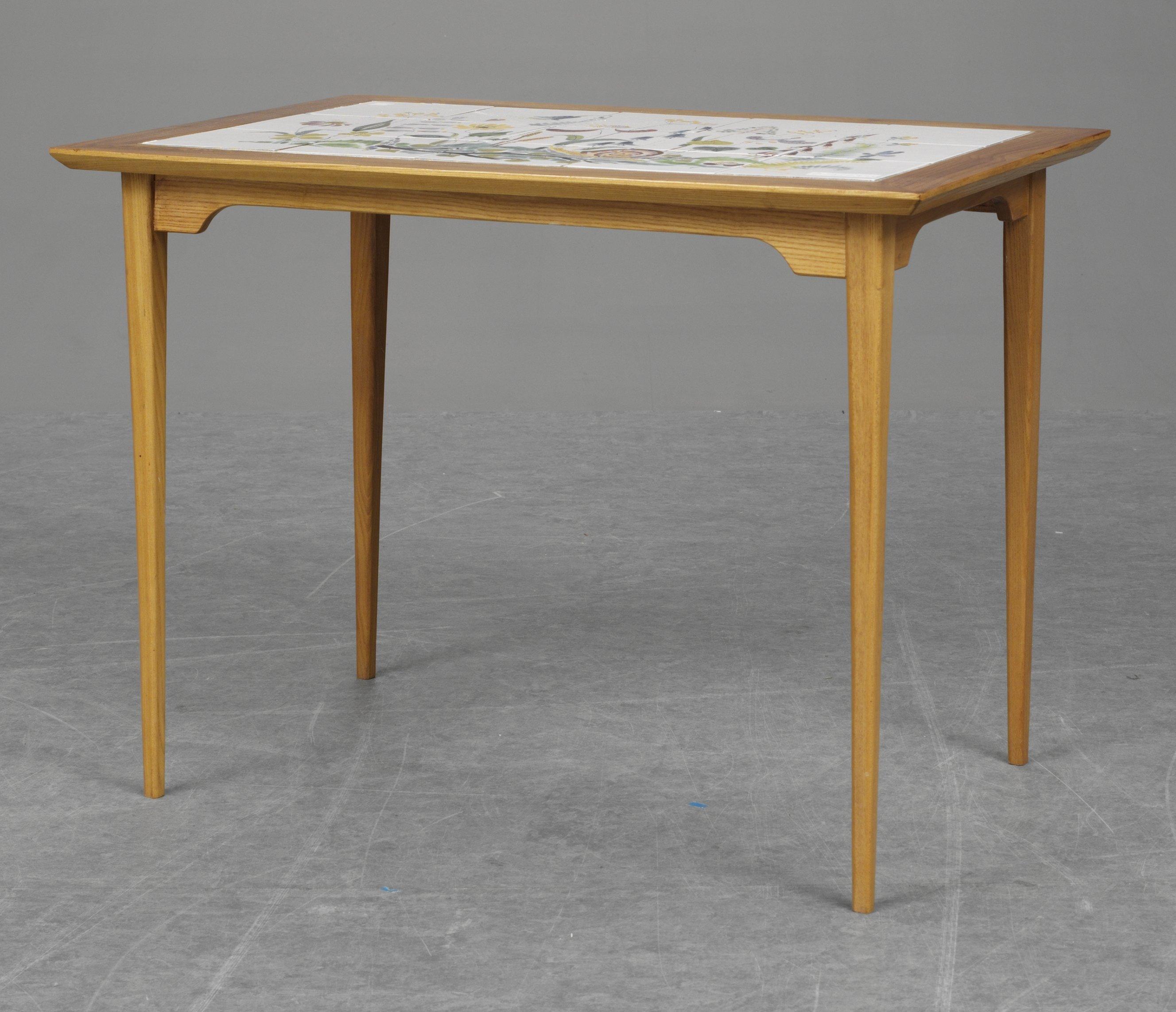 Bord med kakelplattor, fajans, ursula printz, gustavsberg studio ...