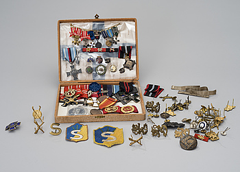 MEDALS AND PINS, Finland, mid and latter half of the 20th century.