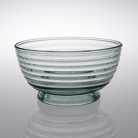 A bowl. böljeblick. karhula, designed in 1934.