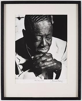 HERMAN LEONARD, gelatinsilverfotografi signerat Herman Leonard och daterat 88.
