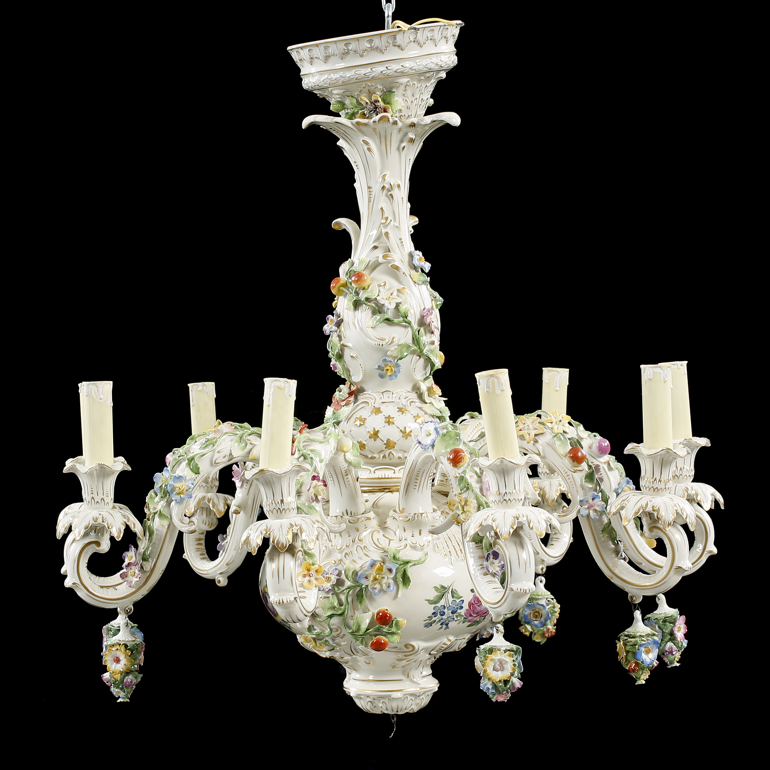 Porcelain chandelier from dresden around the middle of the 20th 10195430 bukobject arubaitofo Images