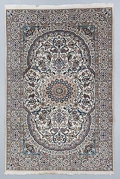 CARPET, old, Nain, part silk, circa 300 x 200 cm.