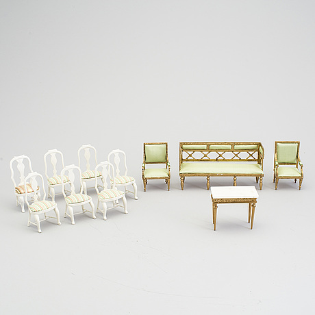 A lot of 22 pieces of doll house furniture by carin backlund, sweden, late 20th century.