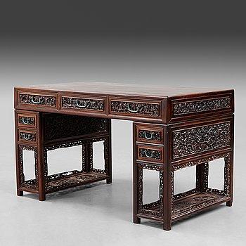 352. SKRIVBORD, hardwood. Late Qing dynasty, circa 1900.