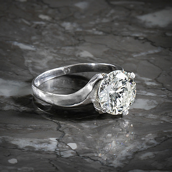 A 3.02ct brilliant cut diamond ring.