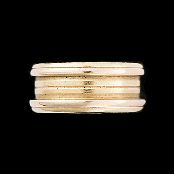 RING, 18K guld. Cartier 1990.
