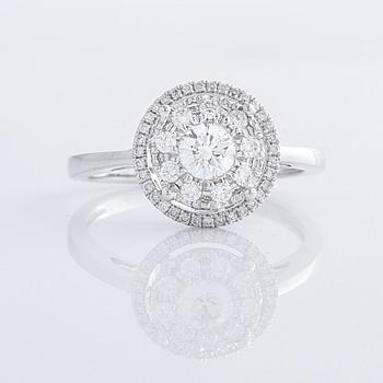 A 0.60 cts brilliant cut diamond ring.