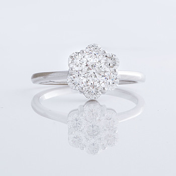 A ca 1.00 cts brilliant cut diamod ring.