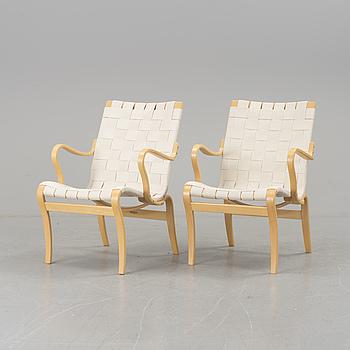 """BRUNO MATHSSON, A pair of armchairs """"Mina"""" by Bruno Mathsson, Värnamo 1993."""
