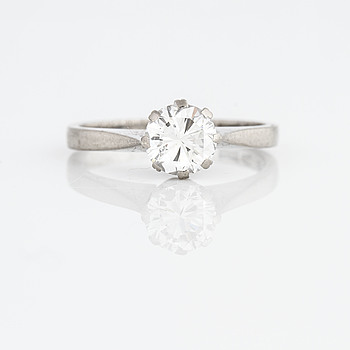 RING, med briljantslipad diamant 1.00 ct, Rosengren & Eriksson, Stockholm, 1965.