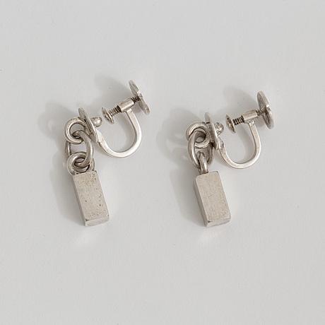 A pair of earrings by wiwen nilsson, lund, 1959