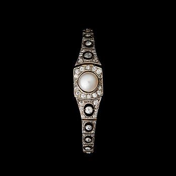 RANNEKORU, viljelty helmi, vanha- ja ruusuhiotut timantit, 14K (56) kultaa. Venäjä.