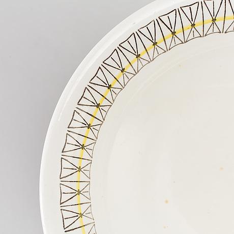 A 31 piece tableware set by helmer ringström, gefle/upsala ekeby.
