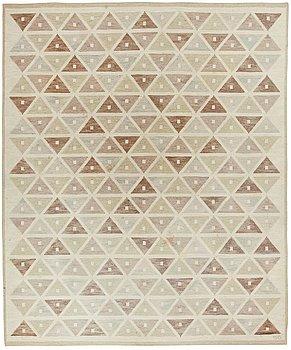 "120. A CARPET, ""Harlequin"", flat weave, 382 x 318 cm, signed SB (Sigvard Bernadotte)."