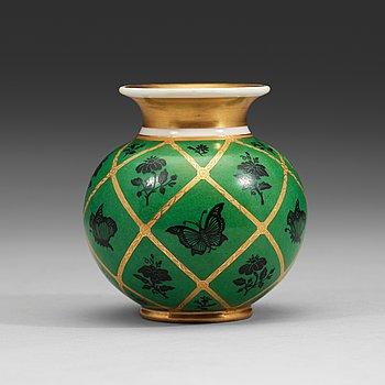 137. En porslinsvas tillverkad av Kejserliga porslinsmanufakturen, Nicholas I (1825-55).
