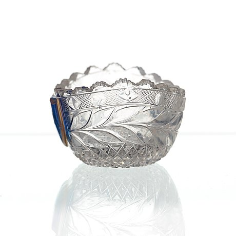A small russian glass bowl, imperial glass manufactory, st petersburg, 19th century.
