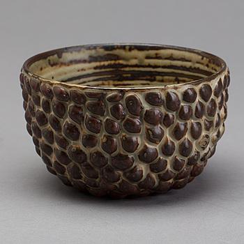 A AXEL SALTO eartheware bowl.