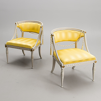 A PAIR OF LATE GUSTAVIAN ARMCHAIRS, ca 1800.